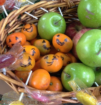 Trick or Treat Goodie Basket: Mandarin Oranges, Crisp Apples and Organic lollies