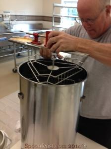 Assembling the centrifuge